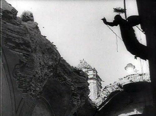 La destrucción de Oaxaca (1931), режиссер Сергей Эйзенштейн.
