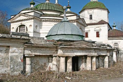 Пятницкая церковь в Старице Тверской области.